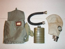 Polish Army OM14 Gas Mask and Filter